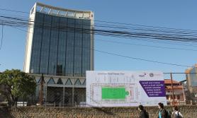 एनसेलको नयाँ कार्यालय नजिक खेल मैदान सहितको हरित उद्यान निर्माण गर्दै
