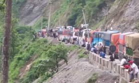 नारायणगढ–मुग्लिन सडक आजदेखि दिउँसो बन्द हुने