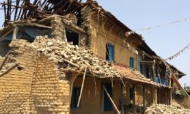 भूकम्पले भत्काएका करिब २ लाख अझै बनेन्