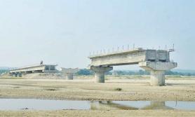 सरकारले ३ ठाउँमा पक्की पुल बनाउने