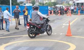 बागमतीका जिल्लामा लाइसेन्सको ट्रायल परीक्षा शुरु