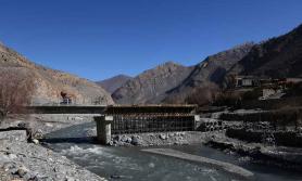 निर्माण व्यवसायीको लापरवाही : देशभर ९६ पुल अलपत्र