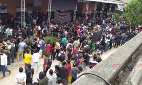 दशैंको लागि टिकट बुकिङ गर्न बसपार्कमा सर्वसाधारणको भीड (फोटो फिचर)