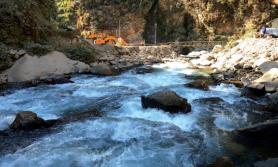 मेलम्चीको पानी नयाँ र पुरानो दुबै पाइपबाट आउने
