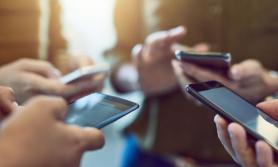 नयाँ मोबाइल खरिद गर्ने योजना छ ? यी कुरामा ध्यान दिनुहोस