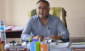 मेचीनगर प्रमुख कोरोना उपचारका लागि भारत