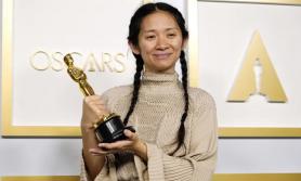 पहिलो अश्वेत महिला निर्देशक क्लोइ झाओ अस्कर पुरस्कार प्राप्त गर्न सफल