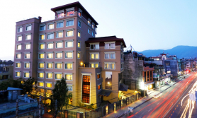 होटल साम्बालाको स्टेकेसन प्याकेज: दुई जना जाँदा विशेष छुट