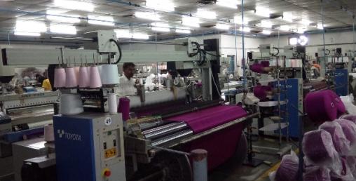 उद्योग बन्द गर्ने स्थितिमा कपडा उद्योगी