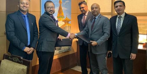 लक्ष्मी बैंकले २ अर्बको डिबेञ्चर जारी गर्दै