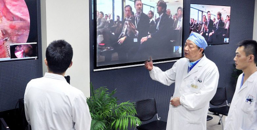 चीनको चमत्कारः 'फाइभ-जी' बाट गरियो २ सय किलोमिटर टाढाको शल्यक्रिया