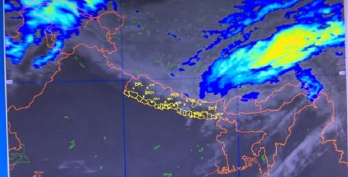 """यस्तो छ चक्रवात """"फानी"""" को पछिल्लो स्थिति र आगामी तीन दिनको मौसम पूर्वानुमान"""