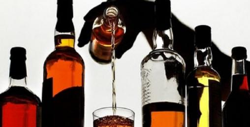 नयाँ दिल्लीमा १० घण्टामै सय करोडभन्दा बढीको मदिरा बिक्री