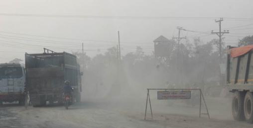 भ्रमण वर्ष घोषणा भएपनि शान्ति क्षेत्र लुम्बिनी जाने बाटो धुलाम्य र हिलाम्य