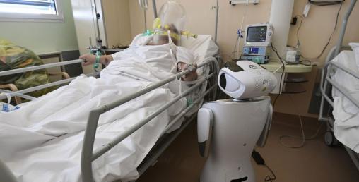 इटालीमा कोरोना संक्रमितको स्वास्थ्य अनुगमन रोबोटले गर्न थाल्यो