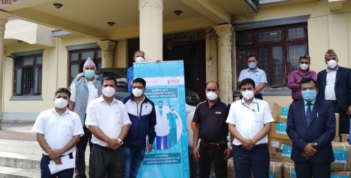 नेपाल रेडक्रस र कोका—कोलाद्वारा सुरक्षा सामग्री वितरण