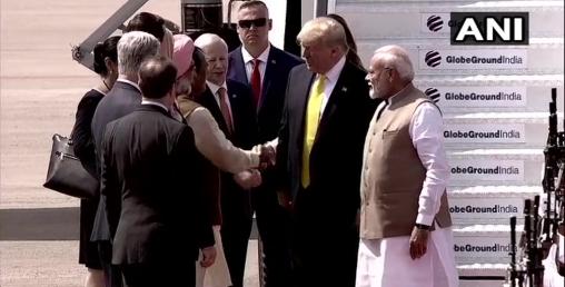 अमेरिकी राष्ट्रपति ट्रम्प भारत पुगे