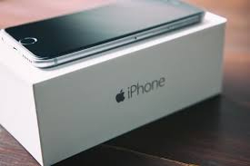 आइफोनको कमजोरी पत्ता लगाउनेलाई ११ करोड रुपयाँ पुरस्कार