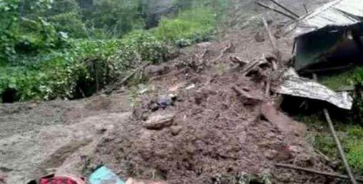 नाग्म पहिरोः  ३ घर पुरिए, १ बालकको मृत्यु
