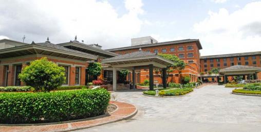 होटलहरूले कर्मचारीको तलब फेरि घटाए, ५ तारेमा कामगर्नेलाई मासिक ५ हजारमात्रै